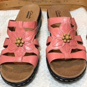 43eb2a536aa Clarks Shoes - NWT Clarks Lexi Myrtle Coral Leather Sandals 8.5